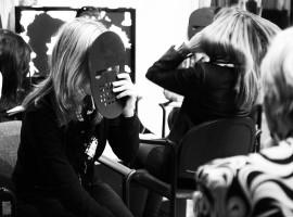 Pokerface – учим делать и понимать, что за ним скрывают клиенты и персонал
